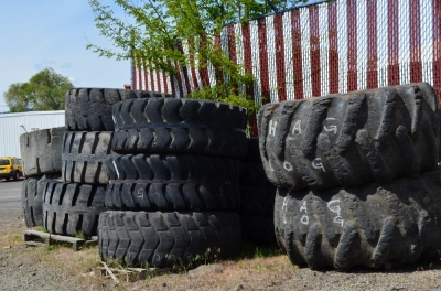 a2_old_tires